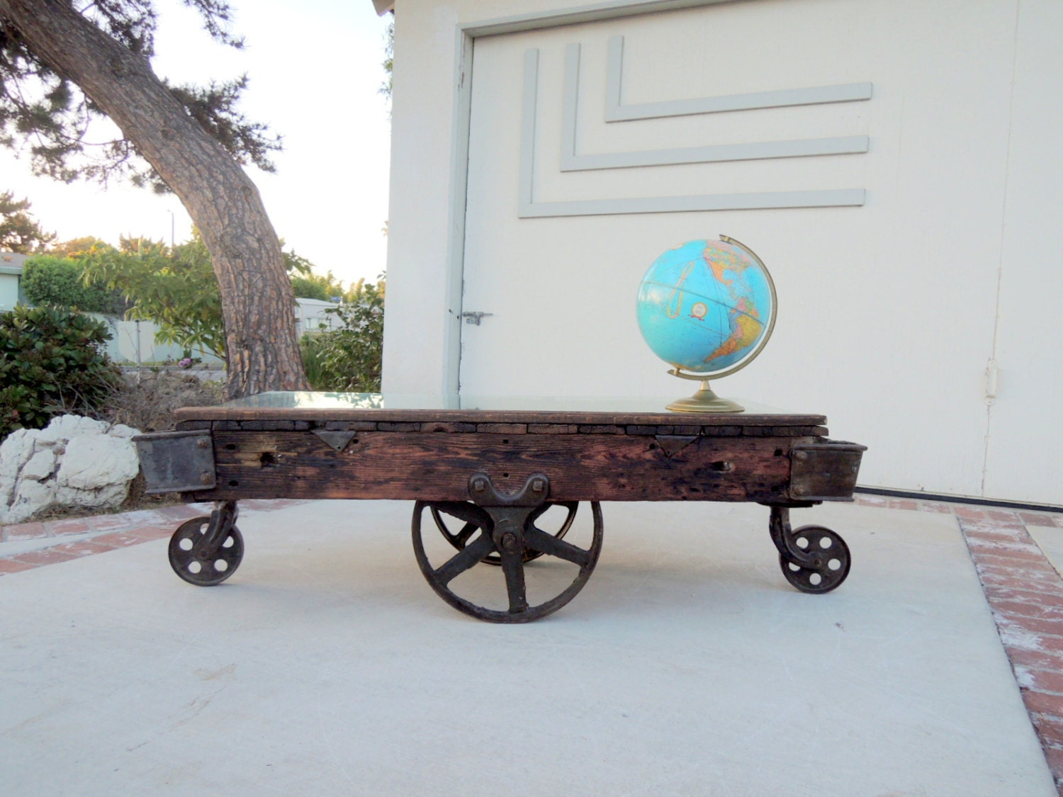 Industrial railroad ties coffee table los angeles for Cool coffee tables built out of railroad ties