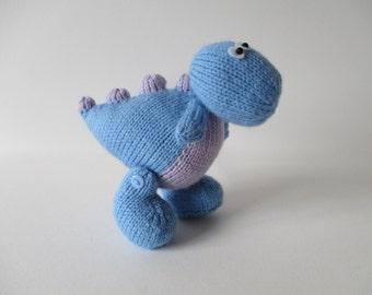 Dippy the Dinosaur toy knitting pattern
