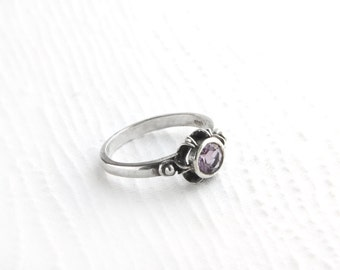 Simple Victorian Amethyst Sterling Silver Ring