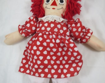 Vintage Raggedy Ann Doll Johnny Gruelle Copyright Red Hearts Dress Button Eyes Embroidered Face I Love You Doll 20 inch Applause Doll
