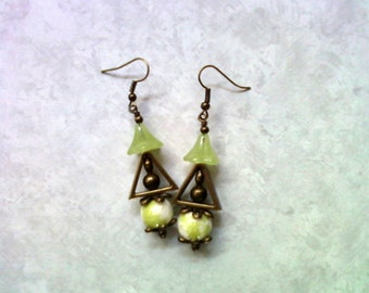 Lime Green, White and Brass Earrings (1889)