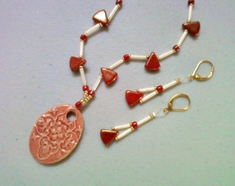 Red and Ivory Necklace and Earrings (0565)