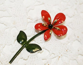 Red Daisy Enamel Pin, Vintage Brooch     -  P