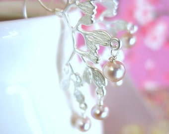 Silver leaf branch pink pearl earrings, silver pink pearl branch earrings, rose pink blush bridal weed  earrings