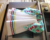 Tie On double flour sack dish/kitchen/tea towel-Cupcakes/Cherries-two in one