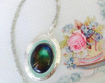 Mood Locket Silver Necklace, Vintage Aged Stone, Changing Color