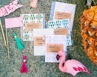 Summer theme Circle Stickers: Pineapples, Flamingos, Cactus, Sun, Popsicles, perfect for happy mail, planners, scrapbooking & calendars