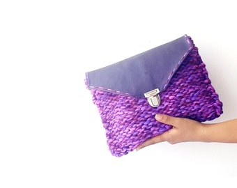 Purple knitted bag, chunky hadnknitted clutch bag, Leather knit clutch bag, genuine leather flap clutch, boho clutch  with real leather flap