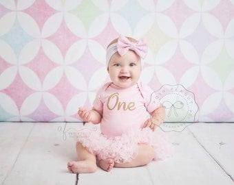 First Birthday Girl tutu dress- First birthday girl outfit- 1st birthday tutu outfit -ONE outfit - Gold glitter ONE- pink and gold outfit