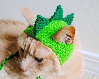 Dinosaur Cat Hat - Green and Lime - Hand Knit Cat Hat - Cat Halloween Costume