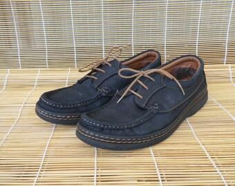 Vintage Distressed Man's Blue Leather Lace Up Deck Shoes size EUR 42 / US 8 1/2