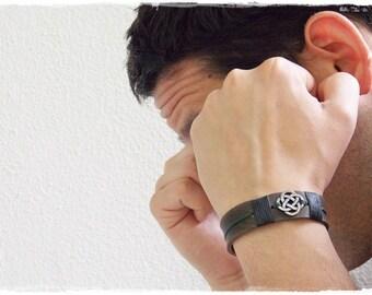 Celtic Leather Bracelet, Irish Leather Cuff, Men's Bracelet Wristband, Norse Leather Bracelet, Nordic Viking Bracelet, Leather Cuff Bracelet