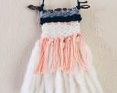 Mini Weaving / Peachy Keen / Hand Woven
