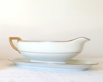 Antique Hutschenreuther White Gravy /Sauce Boat Gold Rimmed Bone China Bowl Gravy / Sauce Boat with Underplate with Attached Under Plate