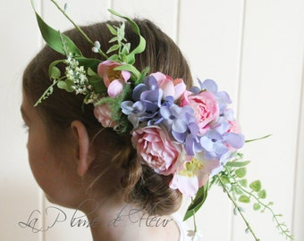 Jasmine - Silk flower hair comb.  Garden flower and foliage hair accessory.
