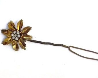 Antique Brass Flower Hair Pin Rhinestone Center Hair Fork Hair Stick Hair Trembler En Tremblant Bridal Hair Jewelry Hair Adornment DD 820