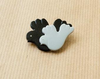 Vintage Bird Brooch Pin Grey Black Plastic