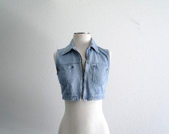 Vintage Denim Crop Top Vest - 90s Vest - Light Blue Wash - Zippered Bust - Pleated - Womens Vest - Size XS - Small