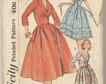 Vintage 1958 Simplicity Pattern 2706 Misses Robe Housecoat Size 14 Bust 34