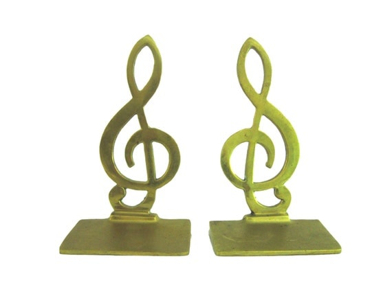 Pair of brass treble clef bookends - Treble clef bookends ...