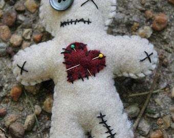 Voo doo doll-Handmade felt doll-primitive style boogie man-pins and needles-dark dolls-zombie-crazy dolls-primitive decor-desk art