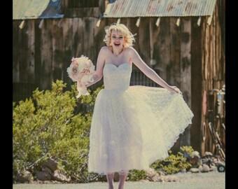 Like New White Lace 1950/60 Wedding/Bridal Dress Rockabilly Coronation w/lace shawl