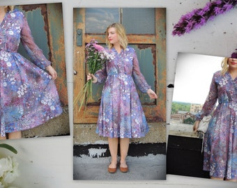 1970's Floral Dress/Sheer Sleeve/Boho Chic Dress/Fit And Flare/Elastic Waist/Romantic Dress/Summer Dress/Day Dress/Marsala,Blue,Purple