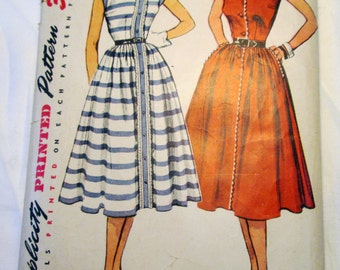 1950s Button Front day dress Sleeveless Sundress sewing pattern Simplicity 4356 Size 14 Bust 32""