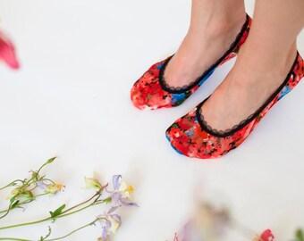 "BenitoDream lace socks - model ""Red Tulip"""