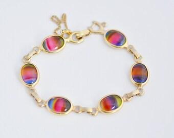 Rainbow Glass Cabochon Bracelet Sarah Coventry Gold Tone