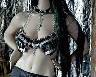 Wave gothic dress (Mitsui-cross) - chain fashion fashion of Extravaganza (unique and limited edition)