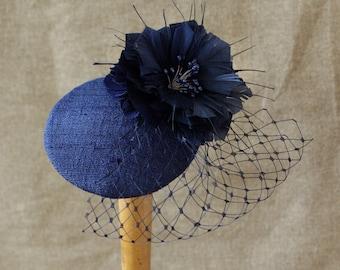 Fascinator headpiece navy blue Vintage elegant Silk Feathers bird cage veil ascot style blu vintage inspired dark blue pillbox rockabilly