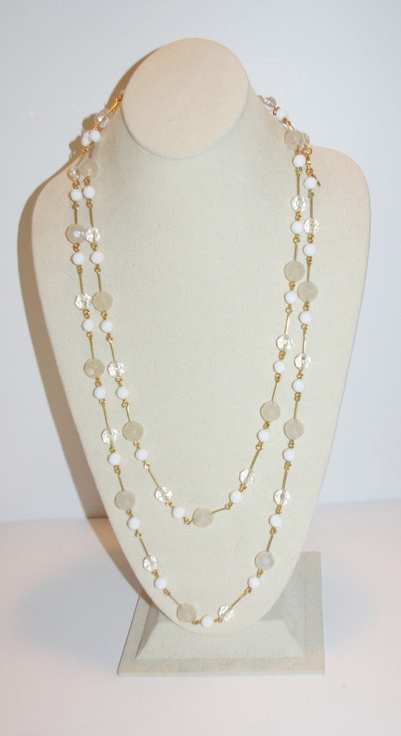 Joan rivers beaded necklace white and clear 60 inches for Joan rivers jewelry necklaces