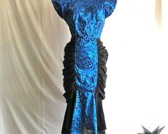 Vintage 1980's does 1940's Metallic Blue and Black Plunging Back Mermaid Skirt Rouched Sides Short Sleeve Cocktail Dress Size Small