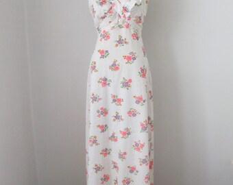 Classic 70's Boho Eyelet Lace Halter Maxi Dress Romantic Floor Length