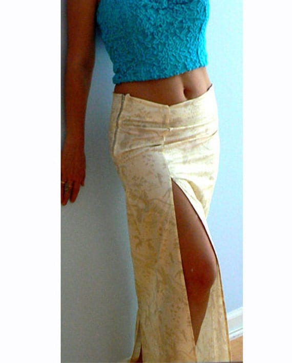 Prince charming maxi slit skirt. Long print cotton skirt. Low rise skirt. Summer print skirt. Daring slit casual skirt