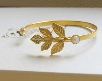 Gold Leaves Bracelet, Bridal Bracelet, leaves bangle, bridal leaves bracelet gold leaves bracelet Gold Wedding Bracelet Gold Wedding Jewelry