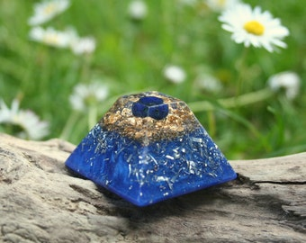 Mini LAPIS LAZULI Orgone Pyramid - Feng Shui Decor and Spiritual Gift - Balance and Meditation - Third Eye and Throat Chakra Healing