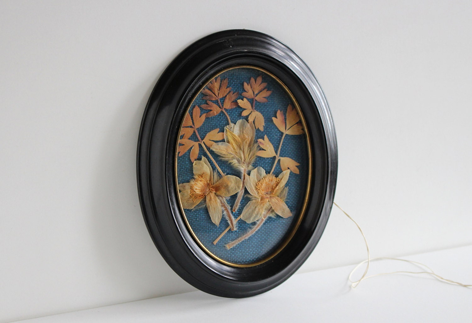 Vintage oval wall decor swedish floral wall by littleretronome - Oval wall decor ...