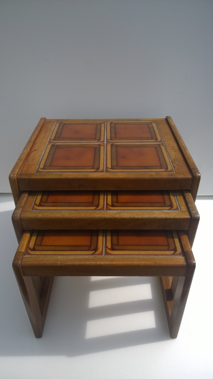 Vintage retro 70s nest of three tile top tables side for Retro side table