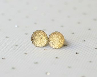 Champagne Bridesmaid Stud Earrings, Champagne Wedding Jewelry, Light Gold Stud Earrings, Bridesmaid Jewelry Gift, Gold Rhinestone Earrings