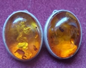 Earrings in amber and silver clips
