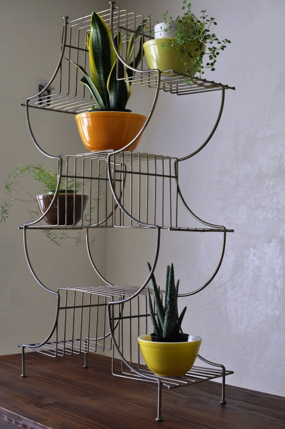 Pagoda Metal Wire Plant Stand Vintage 70 S Asian Inspired