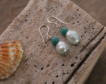 Sterling Silver Earrings with Freshwater Pearls and Cristals