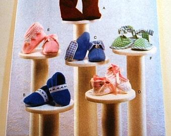 Vogue 7707 - Baby Booties Pattern