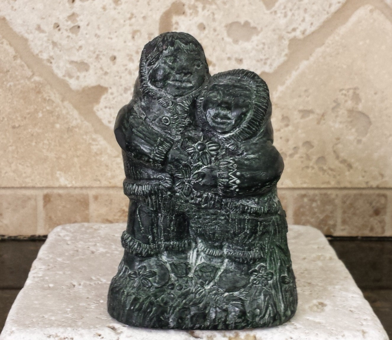 Wolf sculpture original inuit soapstone eskimo husband wife