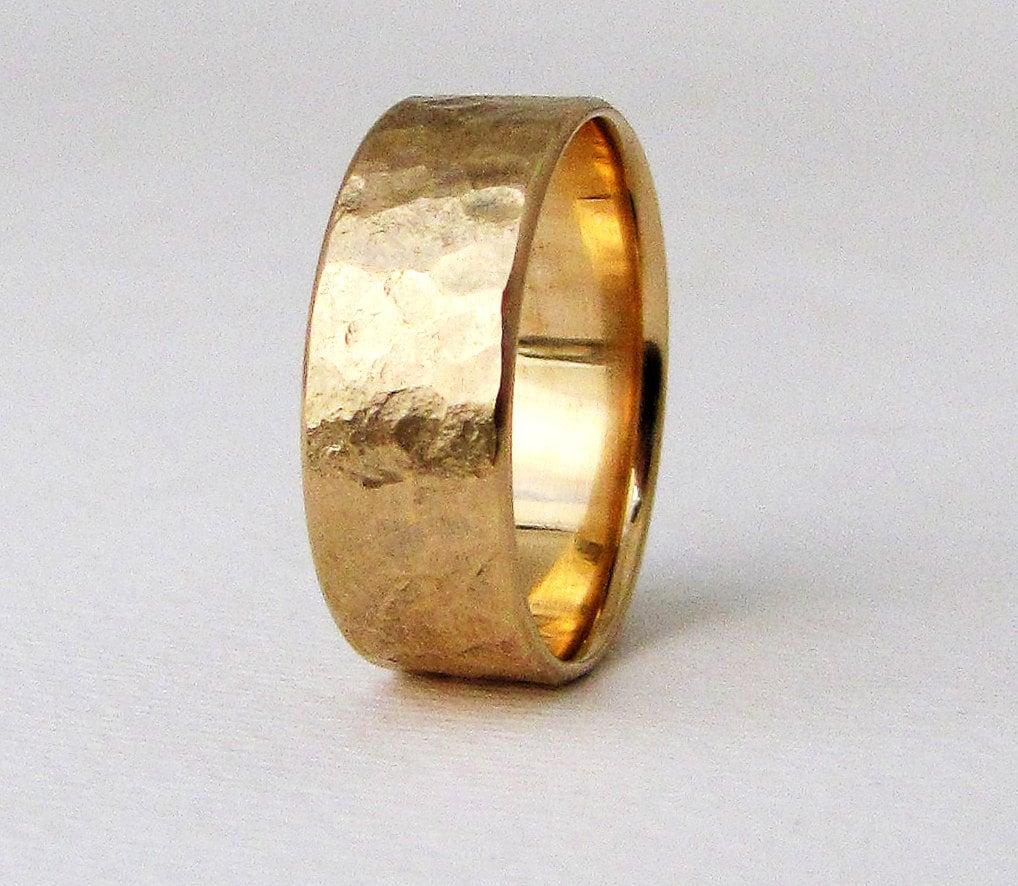 Men39s rustic wedding band gold wedding ring men39s gold for Gold ring wedding band