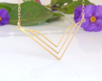 V Necklace, Gold V Necklace, Geometric Necklace, Gold Geometric Necklace, Triangle Necklace, Gold Triangle Necklace ,Triangle Jewellery.