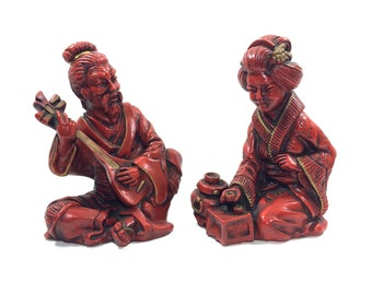 """Vintage 9"""" Asian """"Tea House"""" Couple Sculptures by Universal Statuary, 9"""" Tall, Pair of Statues with Lute Guitar"""