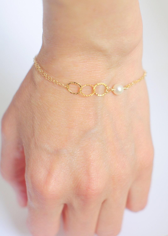 bracelet demoiselle d 39 honneur perle soeur mariage bijoux. Black Bedroom Furniture Sets. Home Design Ideas